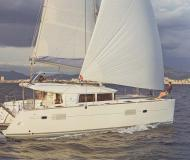 Cat Lagoon 400 S2 available for charter in Gouvia
