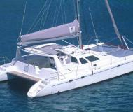 Catamaran Voyage 440 for charter in Palma