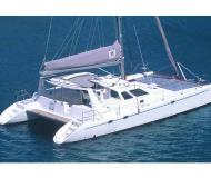 Catamaran Voyage 440 for hire in Marina Cienfuegos