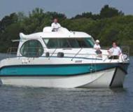 Estivale Quattro Houseboat for rent Les Laumes (France)