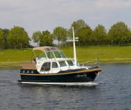 Motoryacht Classic Sturdy 32 AC Yachtcharter in Carnon