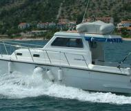 Motor yacht Damor 800 available for charter in Betina
