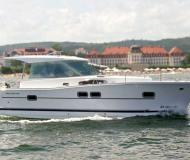 Motorboat Delphia 1050 for charter in Boathouse Himmelpfort