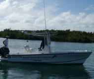 Dusky 22 Motorboot Charter Bahamas