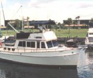 Grand Banks 42 Classic Motoryacht Charter Fort Myers