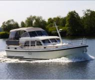 Motor yacht Grand Sturdy 29.9 AC available for charter in Buchholz