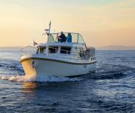 Motor yacht Grand Sturdy 36.9 AC available for charter in Kinrooi