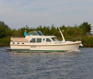Motor yacht Grand Sturdy 36.9 AC available for charter in Zehdenick