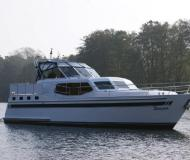 Novi 49 Motoryacht Charter FÃŒnfseen