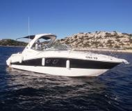 Motor yacht Sundancer 335 for rent in Tribunj Harbour
