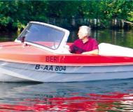 Trainer Motorboot Charter Deutschland