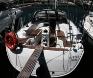 Yacht Bavaria 33 Cruiser for rent in Marina Dalmacija