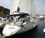 Sailing boat Bavaria 44 for hire in Marina Cala de Medici