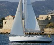 Sailing Boat Charter Malta Cyclades 43.4 for charter