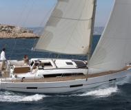 Sail boat Dufour 412 for hire in Ajaccio