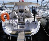 Segelyacht Elan 384 Impression Yachtcharter in Yachthafen von Lavrio