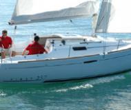 First 25.7 Segelboot Charter Frankreich