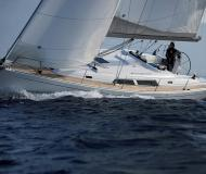 Sailing yacht Hanse 400 for rent in Pirita Marina