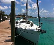 Sailing boat Hunter 41 DS for hire in Bayshore Landing Marina