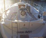 Sailing yacht Oceanis 323 for hire in Marina di Portorosa