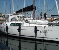 Segelyacht Oceanis 40 chartern in Marina Izola