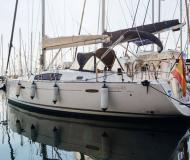 Sailing yacht Oceanis 43 available for charter in Barcelona