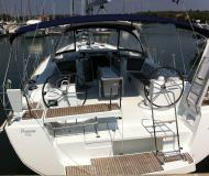 Sailing boat Oceanis 45 for hire in ACI Marina Pomer