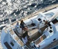 Sailing yacht Oceanis 50 Family for rent in Rosignano Solvay