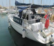 Sailing boat Sun Odyssey 35 for hire in Puerto de Alcudia