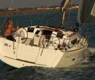 Segelyacht Sun Odyssey 379 chartern in Ece Saray Marina