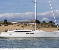 Segelyacht Sun Odyssey 419 chartern in Palm Cay Marina
