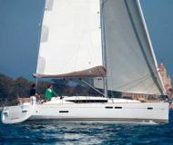 Segelboot Sun Odyssey 439 Yachtcharter in Furnari