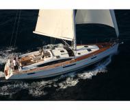 Yacht Jeanneau 53 chartern in Macinaggio