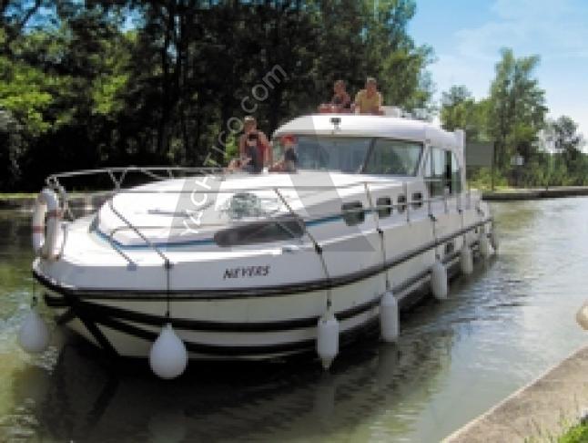 Nicols 1310 - Houseboat Rentals Bram (France)