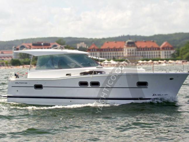 Motorboat Delphia 1050 for charter in Boathouse Himmelpfort