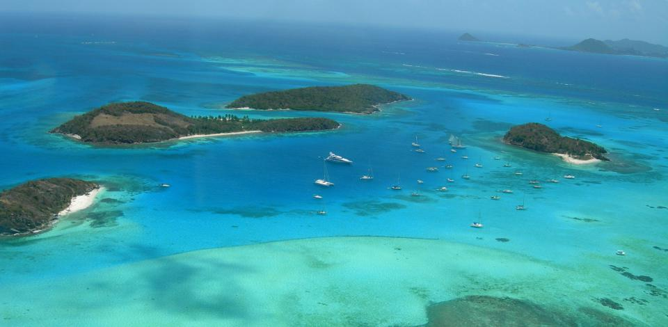 Boat rental and yacht charter | Yachtico.com