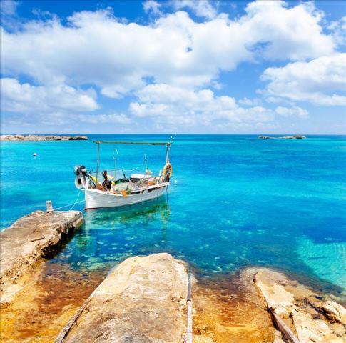 Erkunden Sie die schöne Insel Sardinien mit dem Boot