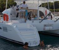 Kat Lagoon 380 chartern in Puerto Del Rey Marina