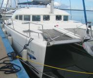 Cat Lagoon 380 available for charter in Isla del Sol