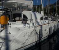 Katamaran Lagoon 380 S2 chartern in Göcek Marina