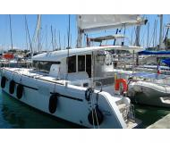 Catamaran Lagoon 39 for charter in Gouvia Marina