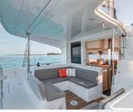 Catamaran Lagoon 40 for charter in Port Moselle
