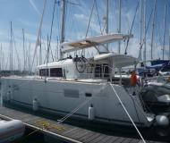 Catamaran Lagoon 400 for rent in Sibenik
