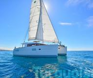 Catamaran Lagoon 400 S2 available for charter in Lavrio