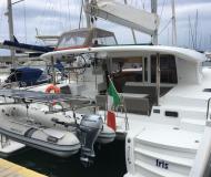 Katamaran Lagoon 400 S2 chartern in Tropea