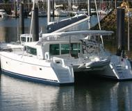Cat Lagoon 420 for charter in Alcantara Marina