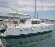 Cat Lagoon 420 available for charter in Marina Dalmacija