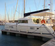 Cat Lagoon 420 for rent in Marina Mandalina