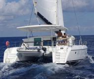 Cat Lagoon 420 for charter in Marina Cienfuegos
