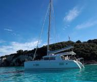 Catamaran Lagoon 421 for rent in Lefkas Marina